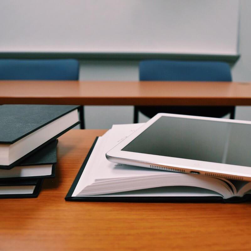 books classroom close up college 289737