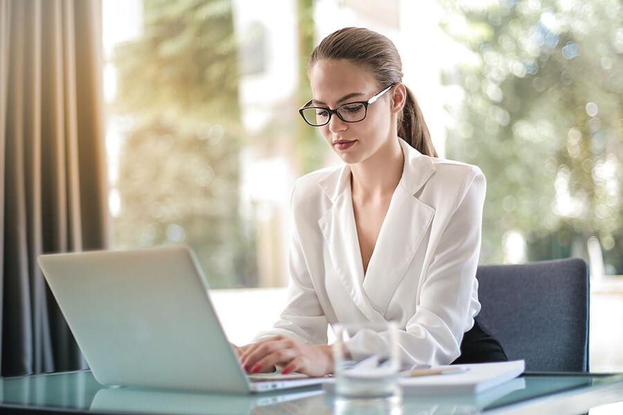 Laptops für Schüler-innen (2)